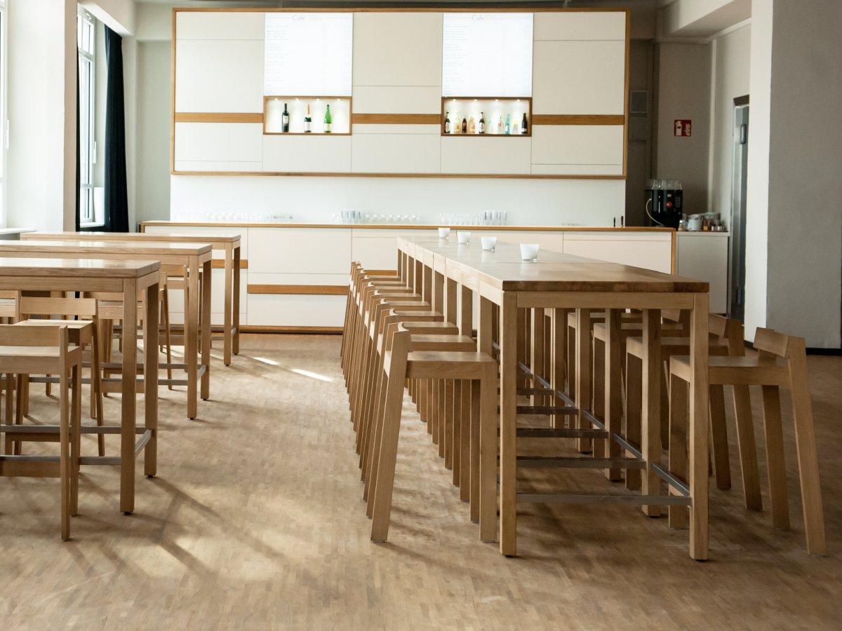 tabouret pilpil en ch ne bois et design made in france delavelle. Black Bedroom Furniture Sets. Home Design Ideas