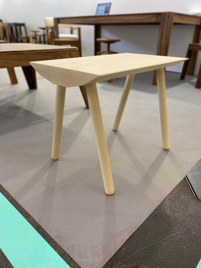 prototyp Dendro Bank aus Holzschwarte